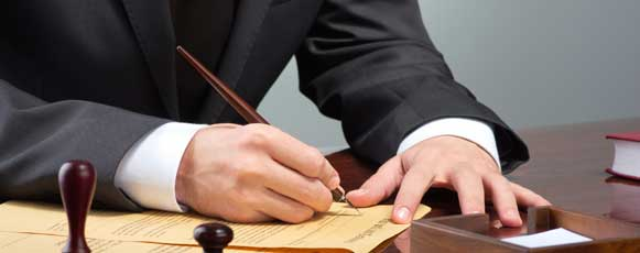 Spanish public notary wins bank mis-selling case