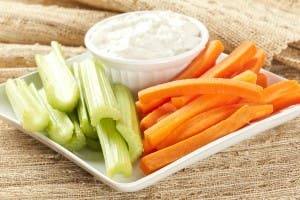 10-foods-to-pack-for-healthier-school-lunches814138633-aug-16-2012-1-600x400