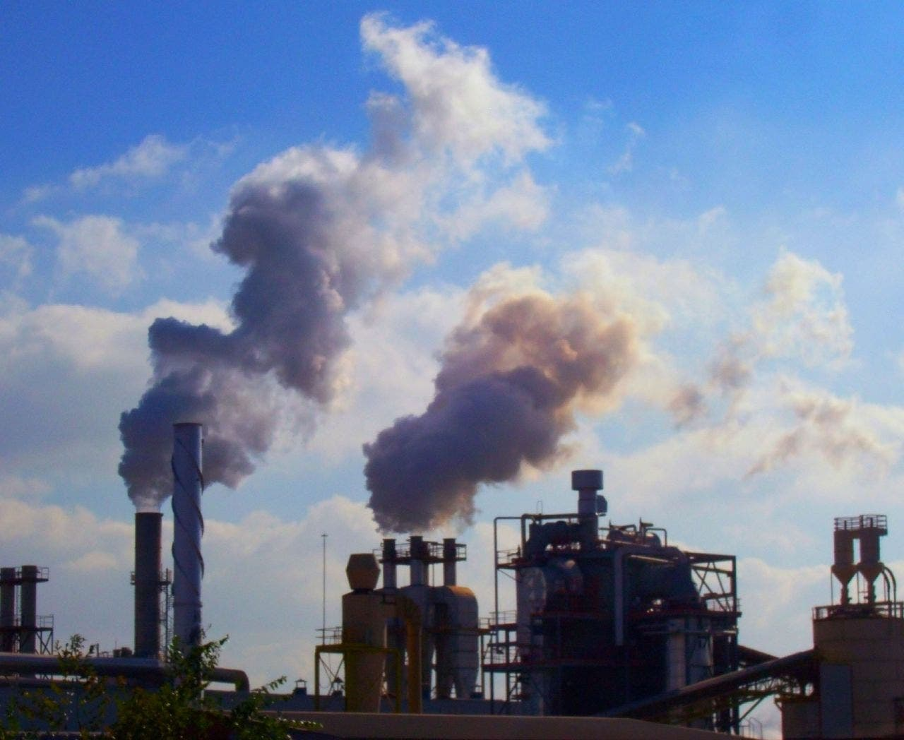 La Linea tops Spanish air pollution blacklist