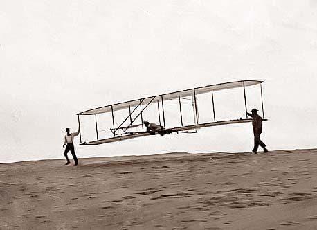 In Cordoban Skies… How a Moorish daredevil made aviation history