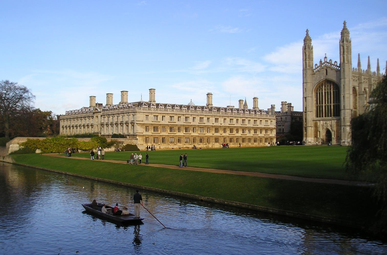 Sevilla student gets competitive scholarship to Cambridge