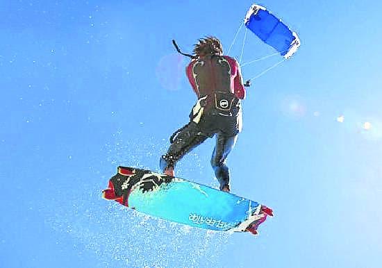 Stung into kitesurfing action in Tarifa