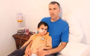 Ashya with father Brett in hospital
