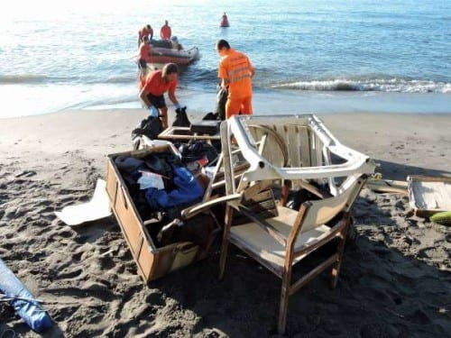 Police dismantle two illegal Nerja camps