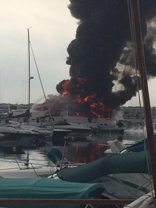 Fire rages on Puerto Banus luxury yacht