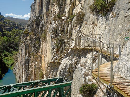 Woman falls to her death in El Chorro