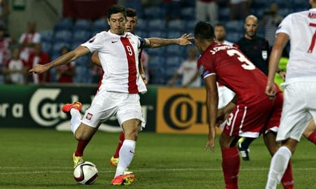 Robert Lewandowski scores four in Poland's seven-goal victory over Gibraltar