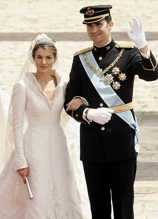Queen Letizia wedding dress designer dies aged 96