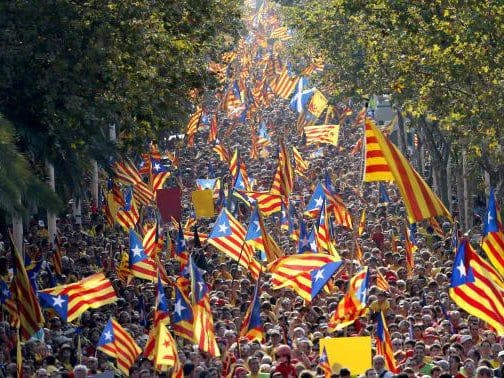 Catalans flock to Scotland to egg on 'Yes' vote ahead of referendum
