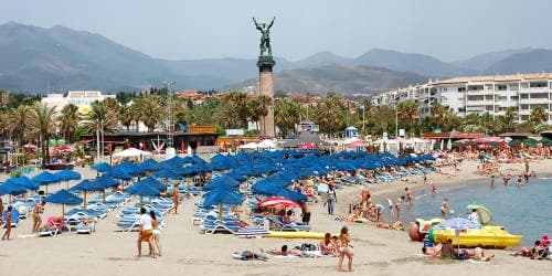 Spain welcomes highest ever number of foreign tourists in August