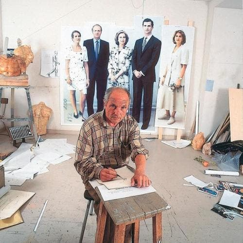 Artist nears completion of Spanish royal family portrait after 20 years
