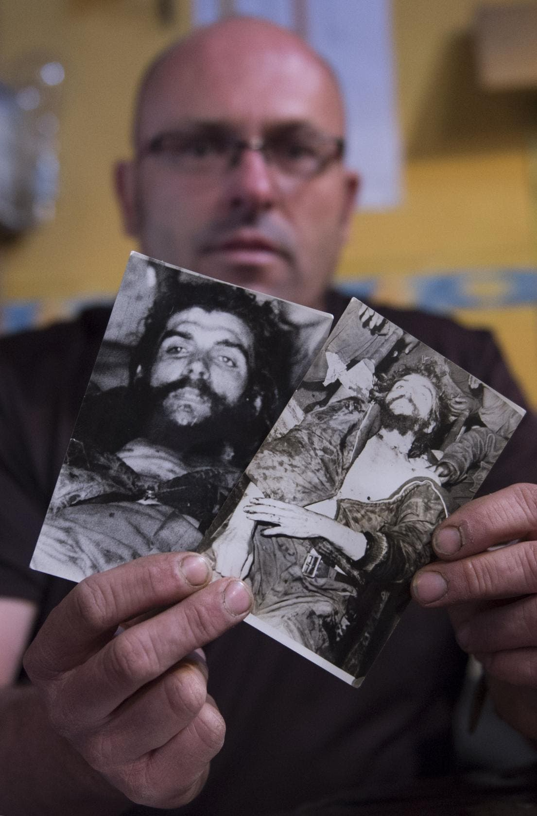 Historic photos of Cuban revolutionary Che Guevara discovered in Spain