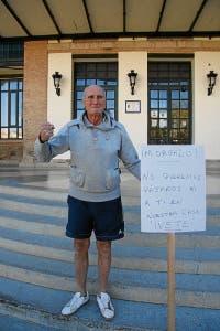 One man protest - David