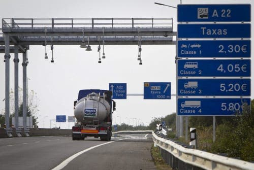 Portugal demands overdue toll payment from 300,000 drivers, most from Huelva and Galicia