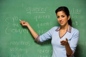 Spanish-teacher-blackboard (1)