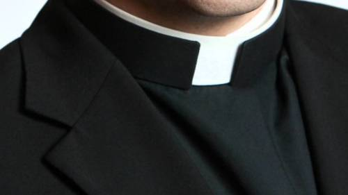 priest habit e