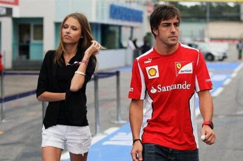 Has Fernando Alonso split with girlfriend?