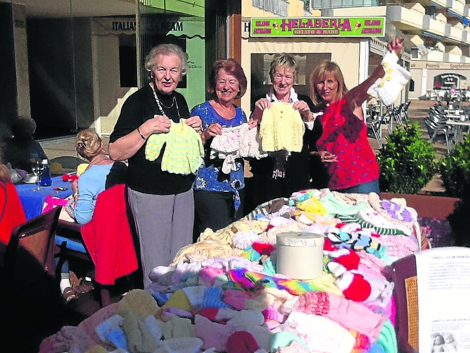 Expat knitting circle booted out of Fuengirola restaurant