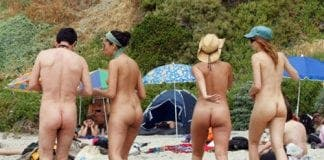 Naked hotels e