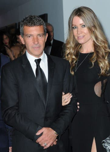 Antonio Banderas 'happy' with new girlfriend