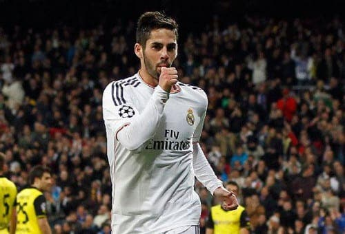 Real Madrid's Isco gives out hundreds of Christmas cards at old school