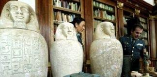 egyptian artefacts e