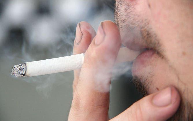 Illegal cigarette factory raided by Guardia Civil in Sevilla