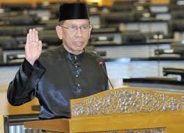 PLEDGE: President Abu Zahar