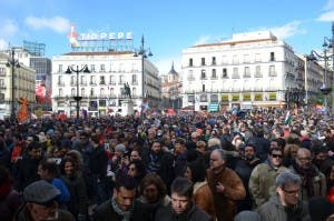 tio pepe square crowd