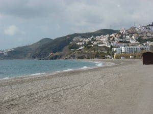El playazo beach in Nerja
