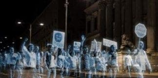 Hologram protest e