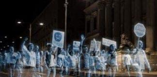 Hologram protest e