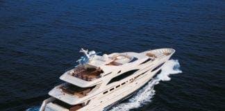 yacht e