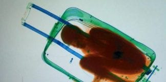 Moroccan suitcase e