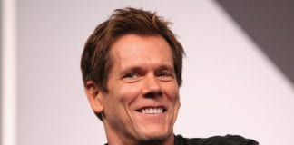 o KEVIN BACON facebook e
