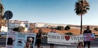 Anti-bullfighting protest at Estepona's Feria
