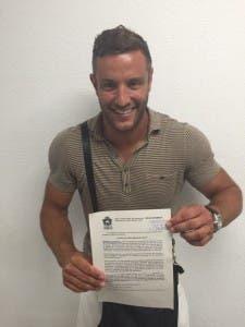 Elliott with the long-awaited licence!