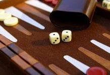 backgammon e