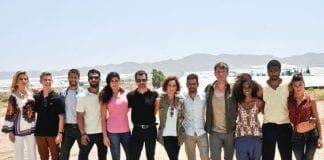 mar de plastico cast e