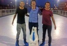 Ice skatig happy days e