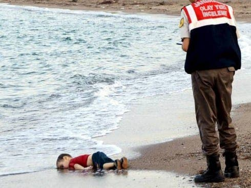drowned-syrian-migrant-boy-turkish-beach