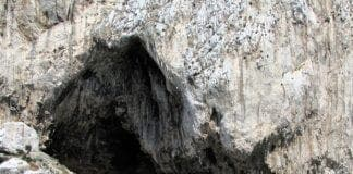 gorehams cave gibraltar e