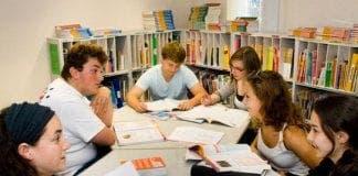language school students e
