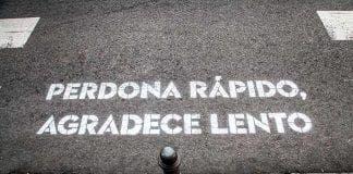 Romantic graffiti in Madrid
