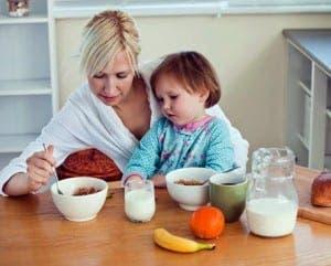 children-eating-alone