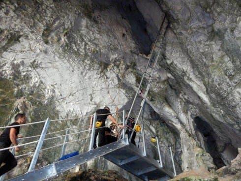 gib-cave-01