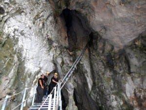 gib-cave-03