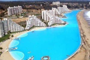 CHILE WATER: World's largest outdoor swimming pool