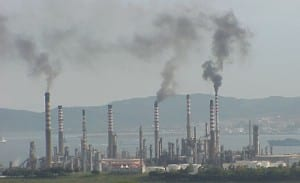 ALGECIRAS: Pollution concerns over Iran refinery