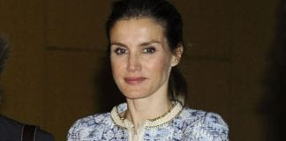 letizia wearing a mango jacket e